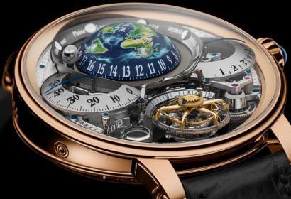 Часы Recital 22 Grand Recital: космическое шоу у вас на запястье
