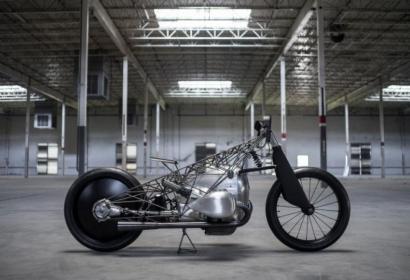 Кастом-мастерская Revival Cycles создала уникальный BMW из титана