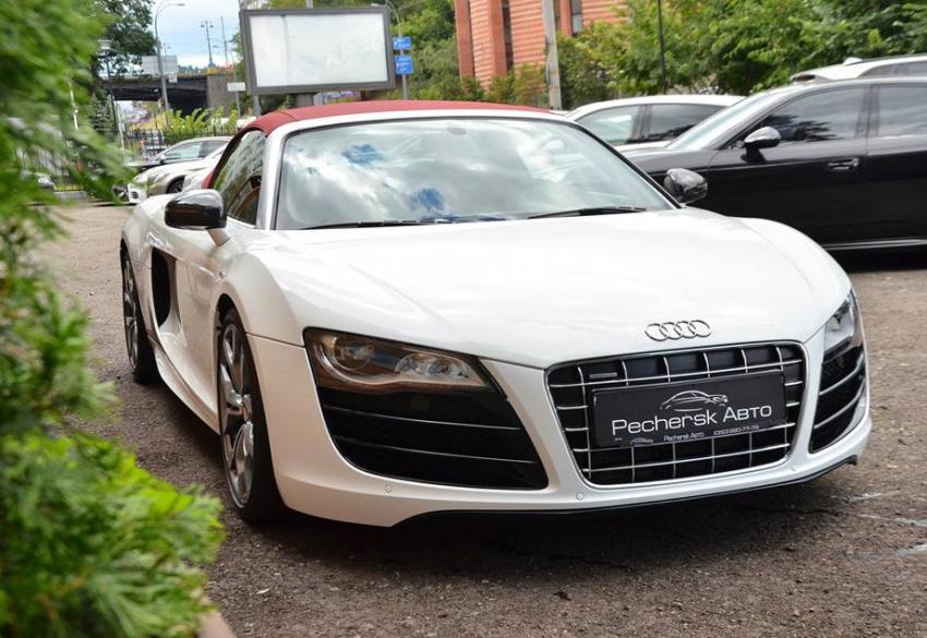 Продажа Audi R8 Spyder в Киеве