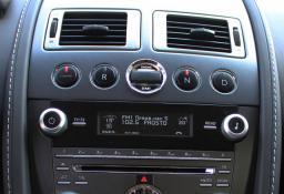 Продажа суперкара Aston Martin Vantage V8 '2010 в Киеве