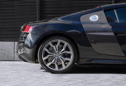 Продажа Audi R8 5.2 FSI quatro в Киеве