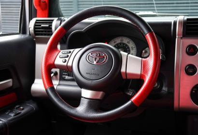 Продажа Toyota FJ Cruiser в Киеве