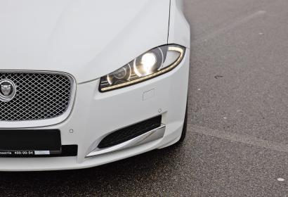 Аренда Jaguar XF в Киеве