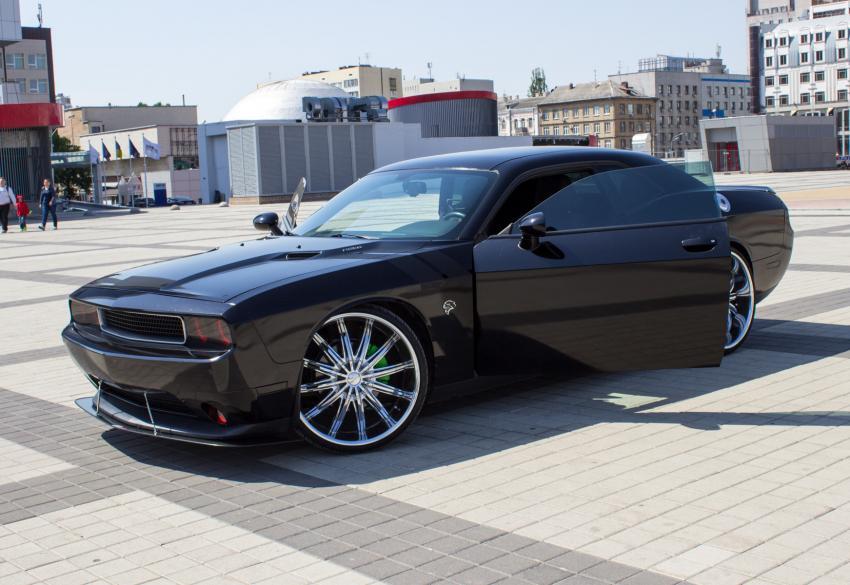 Продажа Dodge Challenger Black Series 1/300 в Киеве