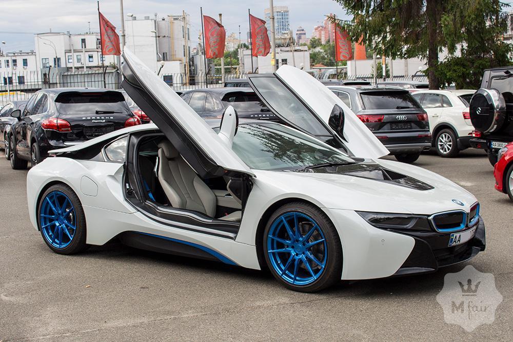 Продажа BMW i8 в Киеве на Mfair