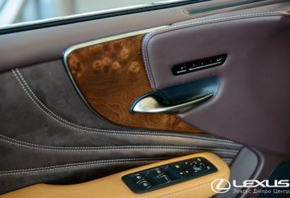 Продажа люксового седана Lexus LS 500h '2018 нового поколения в Днепре