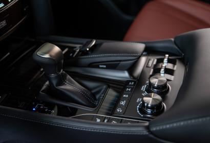 Продажа нового Lexus LX 450d Black Edition '2018 в Днепре