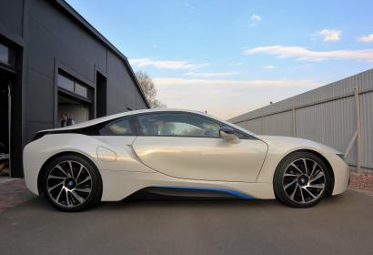 Аренда BMW i8