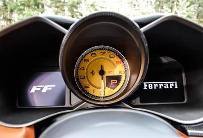 Продажа Ferrari FF '2013 класса Гран Туризмо в Киеве