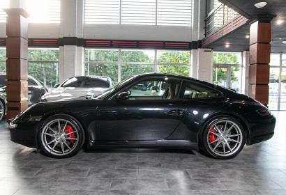 Продажа спорткара Porsche 911 Carrera 4S '2006 в Одессе