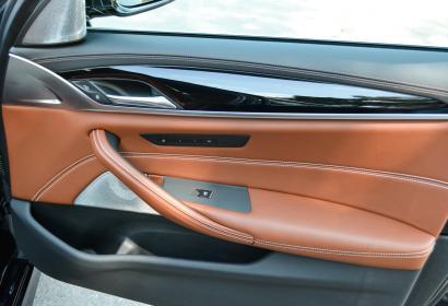 Продажа оригинальной BMW M5 '2018 в Киеве