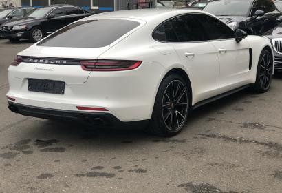 Продажа нового Porsche Panamera 4S '2018 в Киеве
