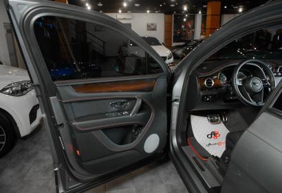 Продажа люксового Бентли Бентайга W12 '2017 в Одессе