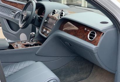 Продажа Bentley Bentayga W12 6.0 Mulliner '2017 в Киеве