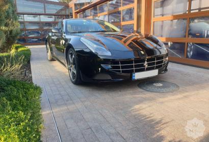 Аренда Ferrari FF