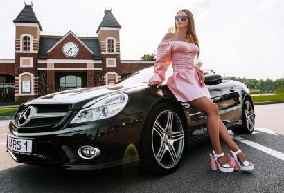 Прокат спортивного кабриолета Mercedes SL500 в Киеве