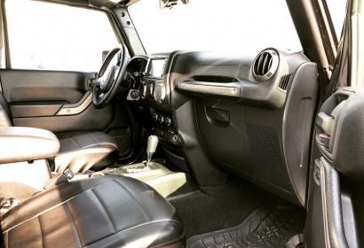 Прокат внедорожника Jeep Wrangler в Киеве