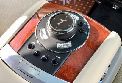 Продажа официального Rolls-Royce Ghost '2013 в Киеве