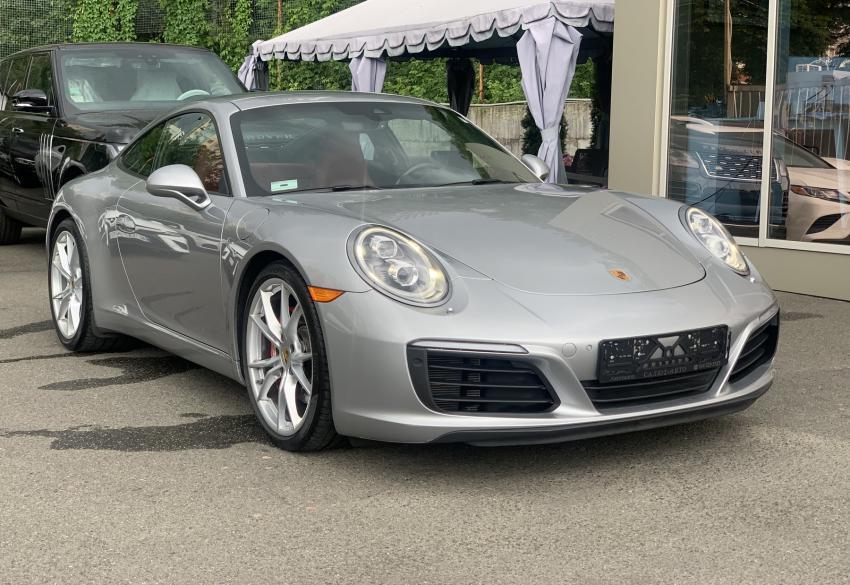 Продажа спорткара Porsche 911 Carrera S '2017 в Киеве