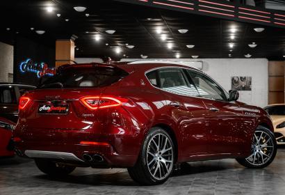 Продажа кроссовера Maserati Levante S '2017 в Одессе