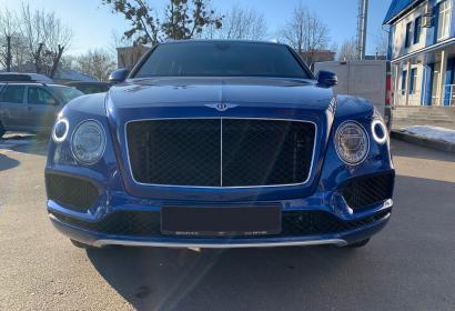 Продажа официальной Bentley Bentayga 4.0 Diesel '2017 в Харькове