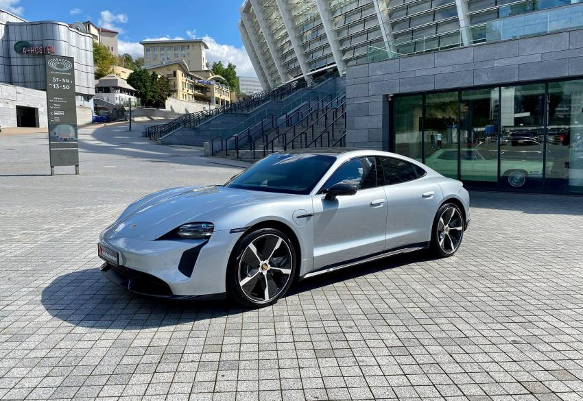Продажа спорткара Porsche Taycan Turbo S '2020 в Киеве
