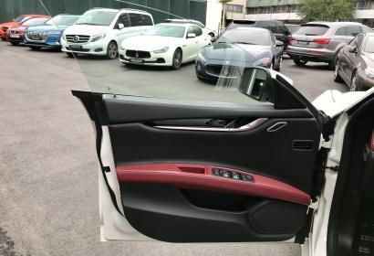 Продажа спортивного седана Maserati Ghibli SQ4 '2016 в Киеве