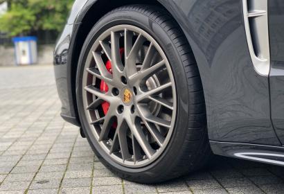 Продажа официального Porsche Panamera Turbo Long '2017 в Киеве