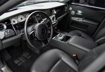 Продажа официального Rolls-Royce Ghost '2010 в Киеве