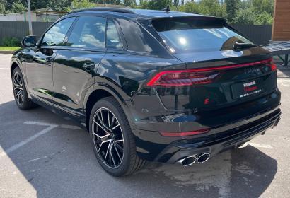 Продажа заряженного кроссовера Audi SQ8 '2021 в Киеве
