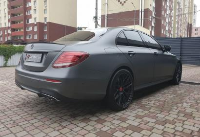 Продажа седана Mercedes-Benz E 43 AMG '2017 в Киеве