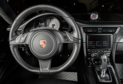 Продажа официального Porsche 911 Carrera 4S '2013 в Одессе