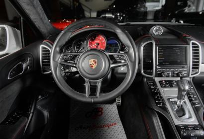 Продажа спорт кроссовера Porsche Cayenne GTS '2016 в Одессе