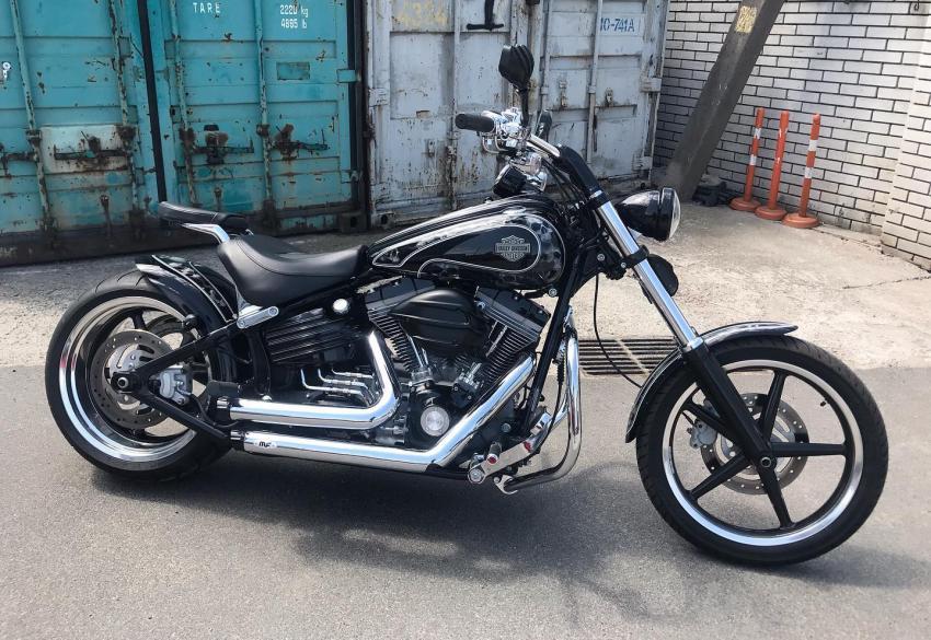 Продажа кастом байка Harley-Davidson Rocker C ' 2009 в Киеве