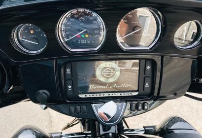 Продажа Harley-Davidson Street Glide Milwaukee-Eight 114 CVO '2017 в Киеве