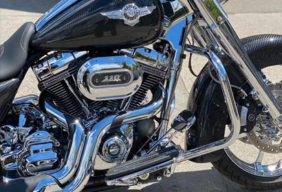 Продажа карбонового Harley-Davidson Road King 110 CVO '2013 в Киеве