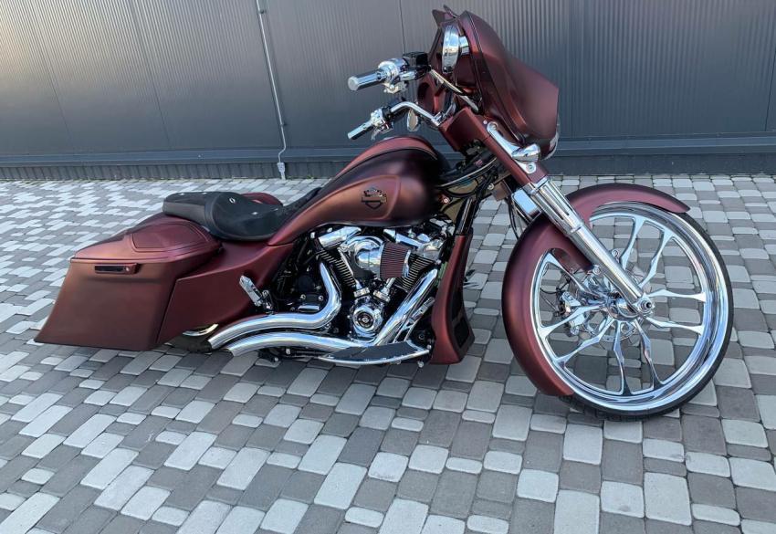 Продажа эксклюзивного кастом байка Harley Davidson Bagger '2018 в Киеве