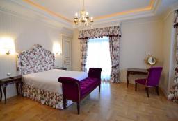 Продажа роскошного особняка в Киеве