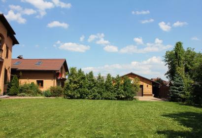 Продажа загородного дома в селе Хотов под Киевом