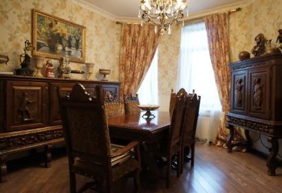 Продажа особняка в заповедной зоне в селе Новые Безрадичи под Киевом