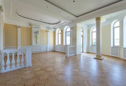 Продажа роскошного особняка в Конча-Заспе под Киевом