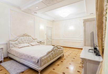 Продажа квартиры возле Мариинского парка в центре Киева