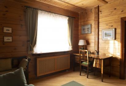 Аренда деревянного дома в Конча-Заспе под Киевом