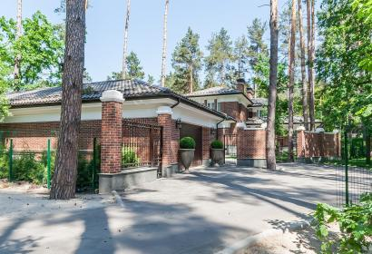 Продажа загородного дома в лесной части Конча-Заспы