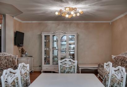 Продажа видового пентхауса в престижном доме на Позняках