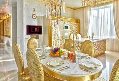 Продажа роскошного дома с бассейном под Киевом