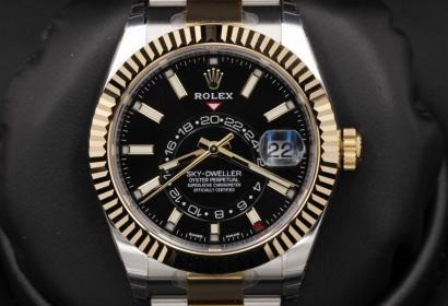 Продажа новых Rolex Sky-Dweller из желтого золота в Киеве