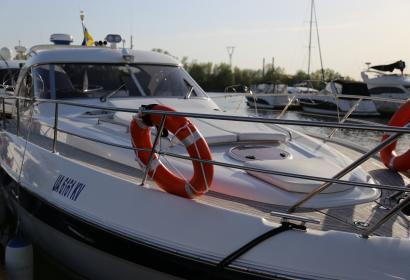 Продажа моторной яхты Bavaria 37 HT '2004 в Киеве