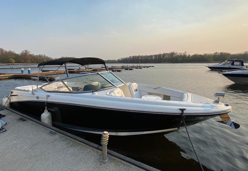 Продажа спортивного катера Sea Ray SLX 270 в Киеве